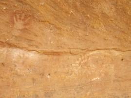 mutawintji heritage tours mutawintji stencil symbol